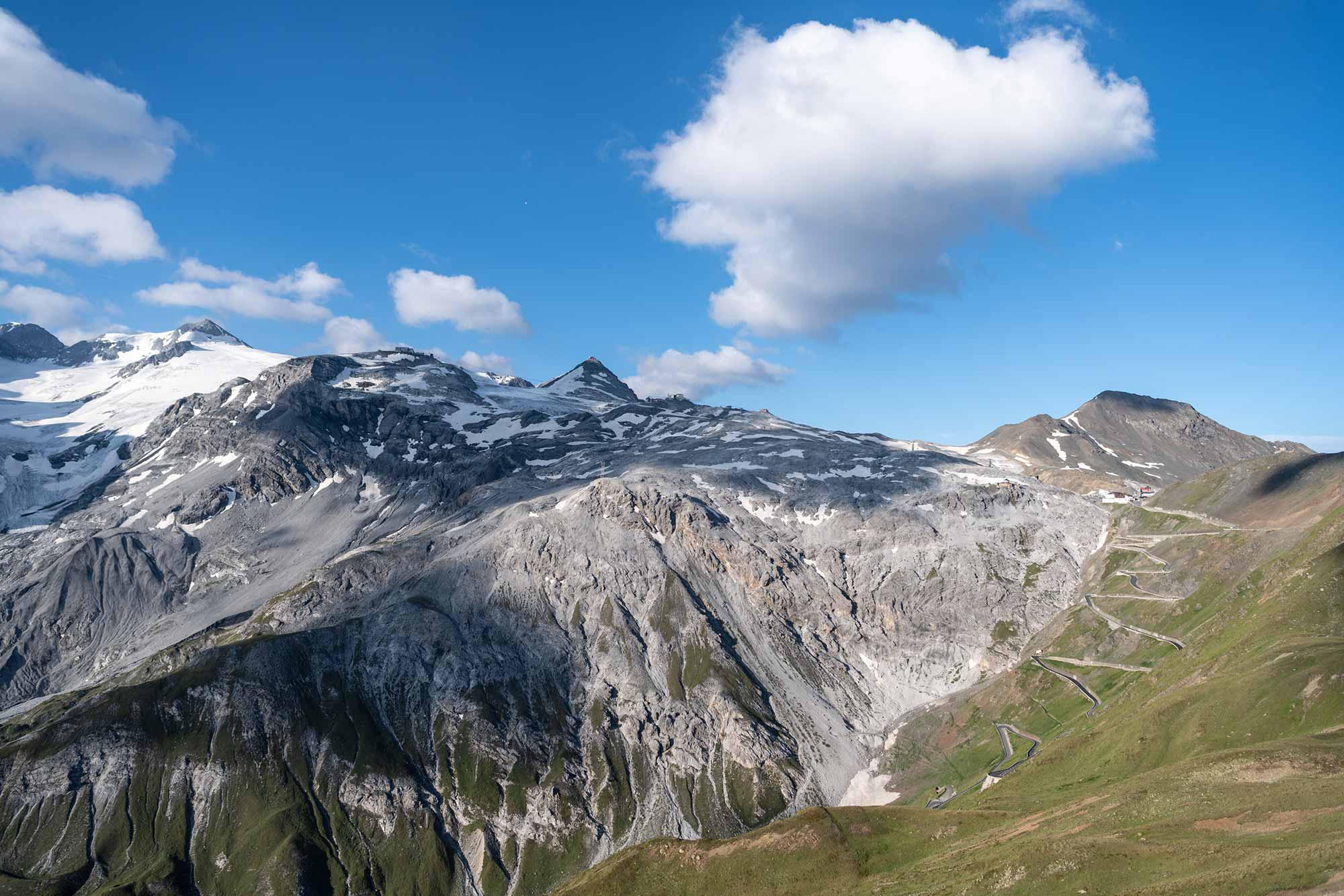 Hiking in the middle of the Stelvio Nature Park