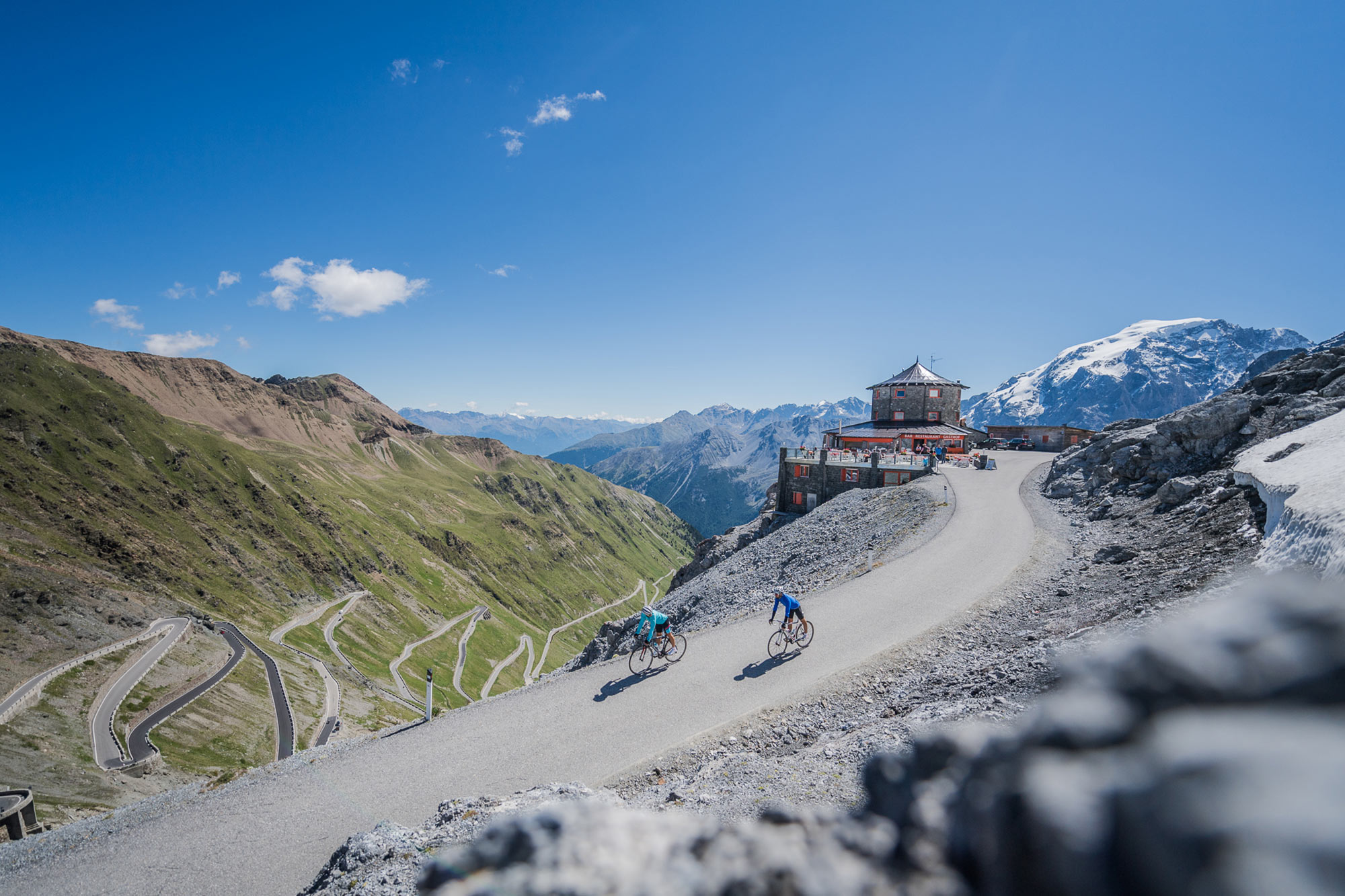 Cycling day on the Stelvio Pass - Alpine guesthouse Tibet Hut